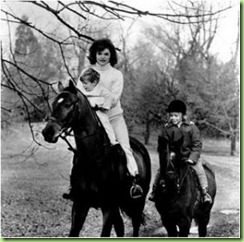 jackie-kennedy-riding-middleburg-va-nov-19-1962
