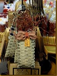 Stoltfus-Crafts-hanging-bas