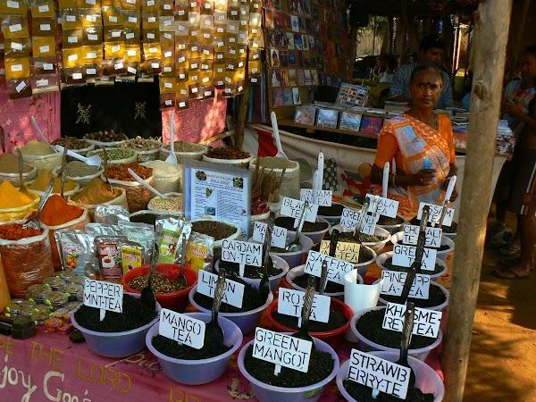 Imagini India Goa: spices la Anjuna Market