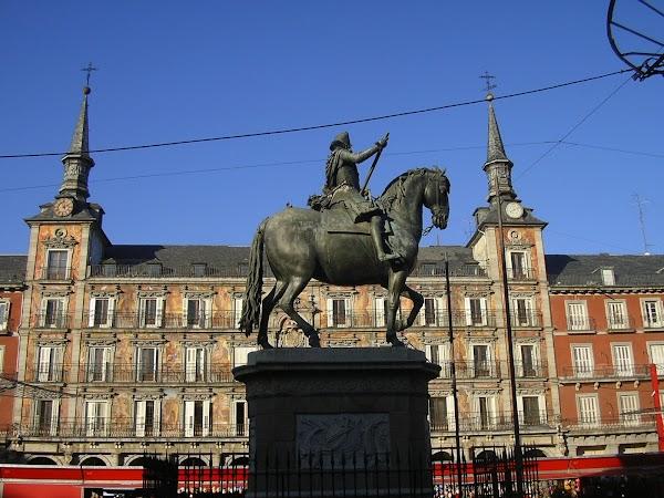 8. Plaza Mayor.JPG