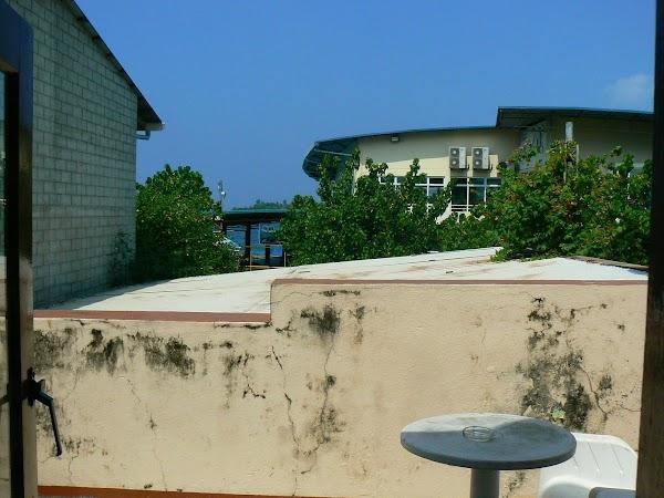 Imagini Maldive: Maagiri Guesthouse Male balconul