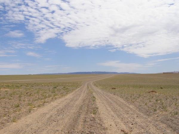 Obiective turistice Mongolia: in tur prin desertul mongol
