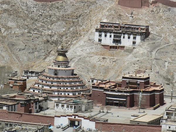 Obiective turistice Tibet: Pelkor Chode, Gyantse