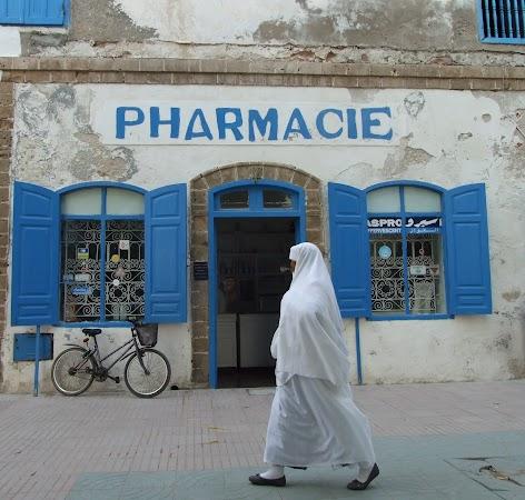 Obiective turistice Maroc: farmacie Maroc.JPG