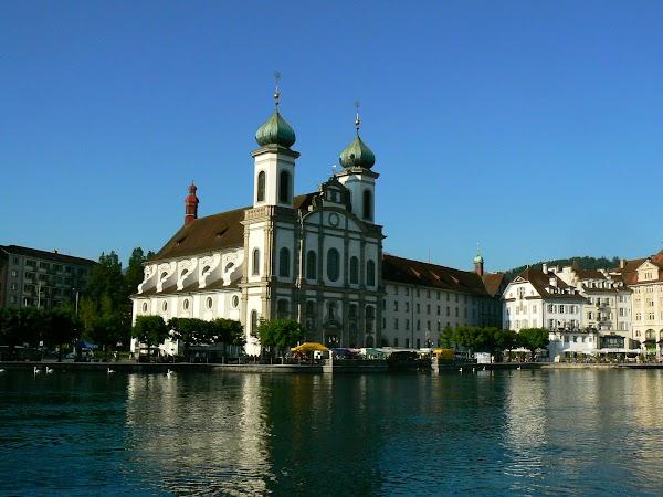 Obiective turistice Elvetia: Jesuitenkirche, Luzern