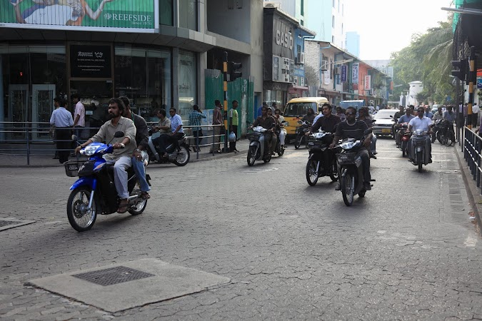 Imagini Maldive: strazile din Male.JPG