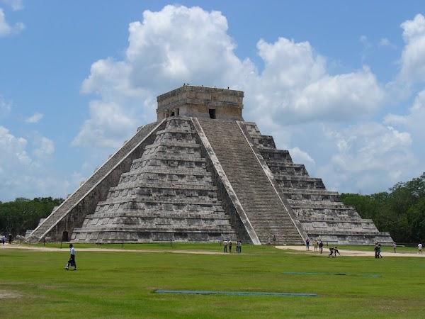 Obiective turistice Mexic:  Chichen Itza.jpg