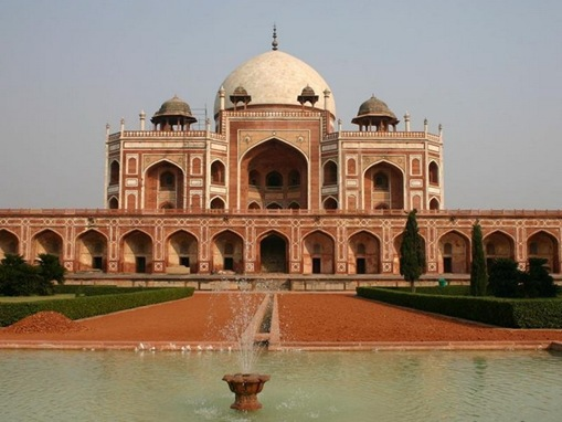 Tourist  Attractions of Delhi