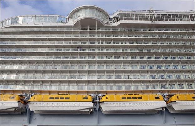 cruise_ship_18