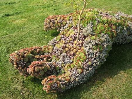 foliageHand