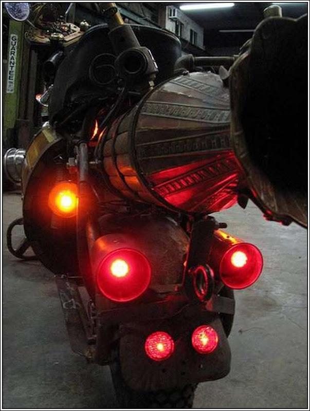 Steampunk-Motorbike-4