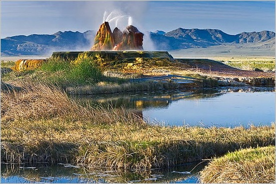 Fly Geyser in Black Rock Desert 04