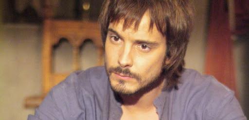 Gonzalo de Montalvo/Águila Roja, interpretat per David Janer