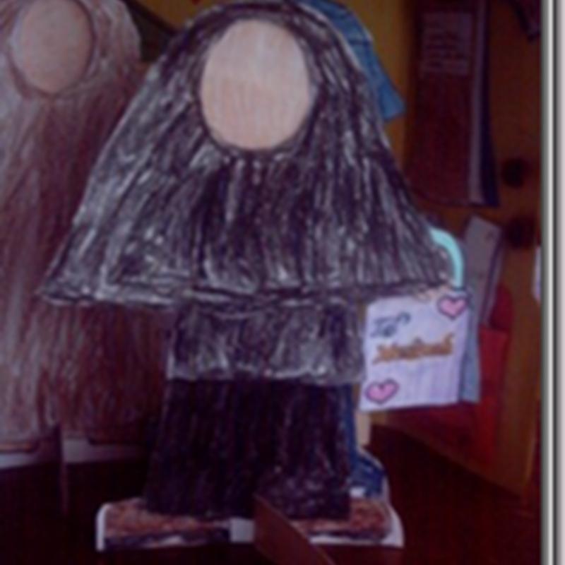 Muslimah Paper Dolls (in Hijaab)