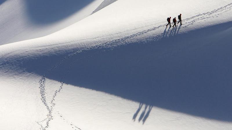 Alpinists%2C%20Chamonix%2C%20France