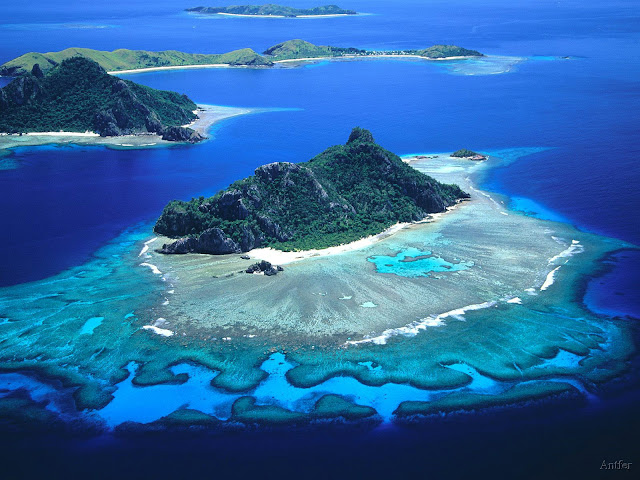 Monukiri%20and%20Monu%20Islands%2C%20Fiji