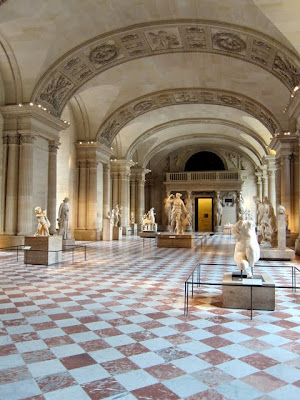 Sculpture gallery on a Louvre private tour in Paris