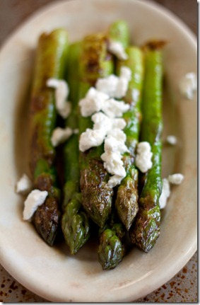 asparagus-and-goat&#39;s-cheese