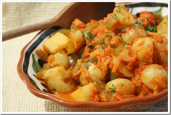 Ziemniaki hiszpańskie w pomidorach