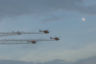 20110309-IAF-Sarang-Helicopter-Wallpaper-02-TN
