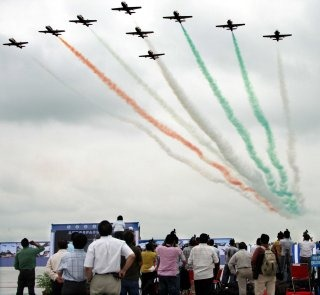 20110305-Indian-Air-Force-Surya-Kiran-Aerobatics-Wallpaper-07-TN