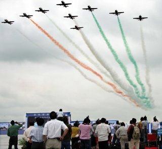 20110305-Indian-Air-Force-Surya-Kiran-Aerobatics-Wallpaper-07-TN