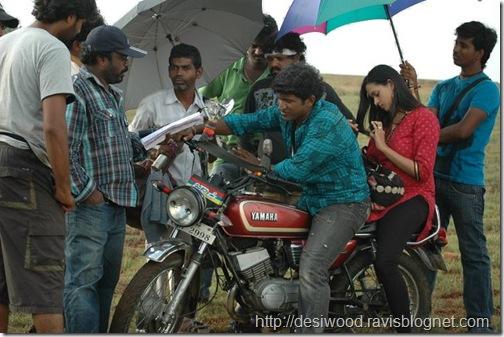 Jackie_Kannada_Movie_Working Stils3