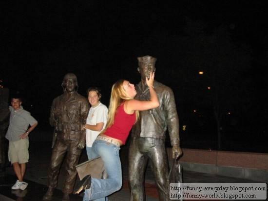 statue (14)