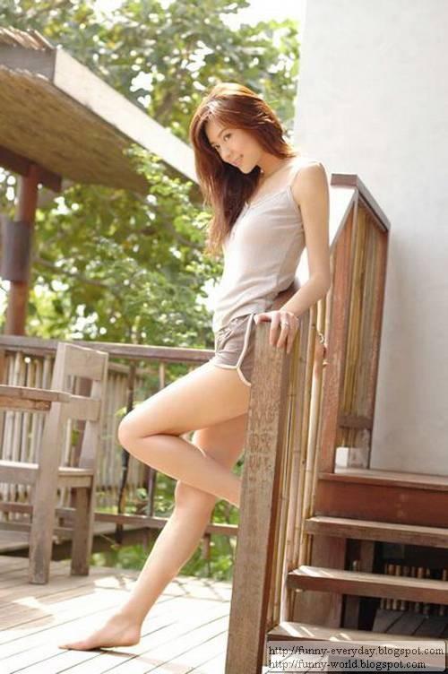 周韋彤 (14)