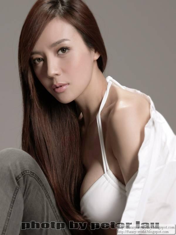 周韋彤 (58)
