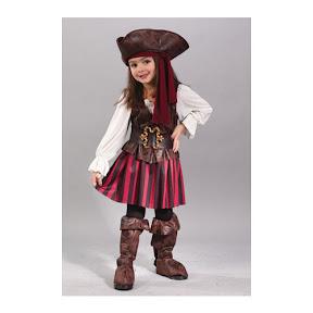 niña pirata.jpg