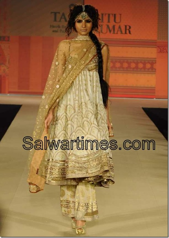 Embroidery Salwar Kameez At Ritu Kumar Fashion Show Salwartimes