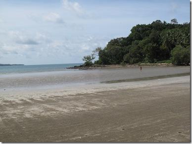 Low Tide KAw Kwang Beach Lanta