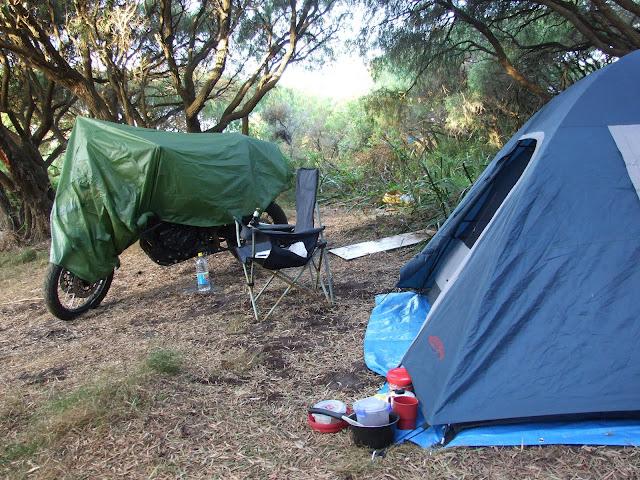 Camping at Cosy Corner beach