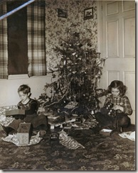 1947 12 25 David and Janice Shaw Christmas morning
