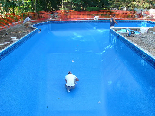 In ground pool construction process step by step for Vermiculite swimming pool base