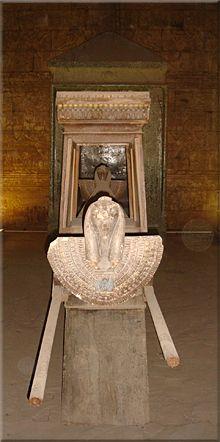 Sala de la Barca Sagrada del Templo de Edfú.
