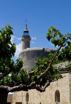 aigues-constance tower