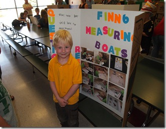 Finn's kindysciencefair 002
