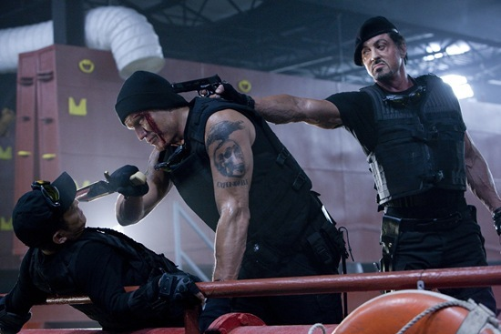 Jet Li, Dolph Lindgren and Sylvester Stallone in The Expendables
