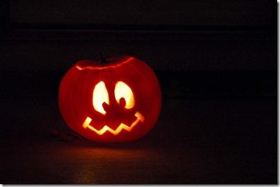 2009_1028_HalloweenPumpkins-21