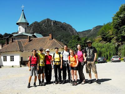 Poza de grup la Manastirea Turnu