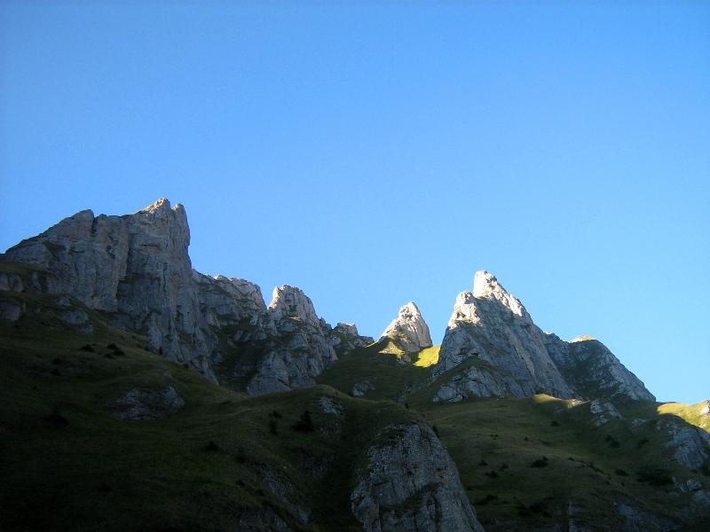 Acele Morarului - vedere dinspre Valea Cerbului
