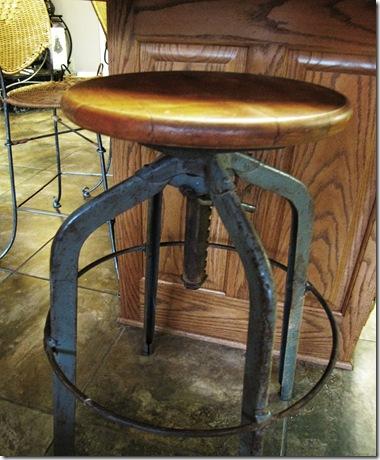 stool 3