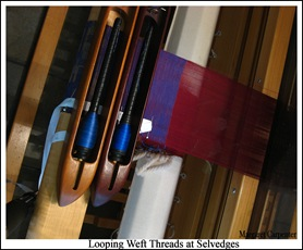 Looping Weft Threads at Selvedges