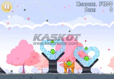 Download Angry Birds Valentine version