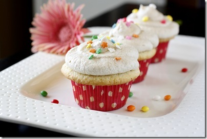 Vanilla Butter Cupcakes with Vanilla Buttercream Frosting