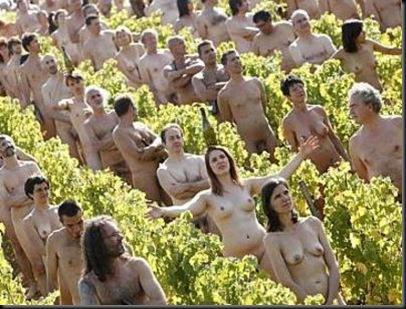 personas-desnudas-cambio-climatico-greenpeace_JPG-thumb