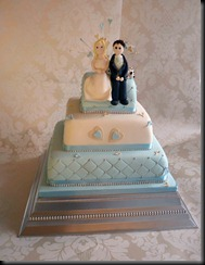3-tier-bride-and-groom-blue-and-white-hearts