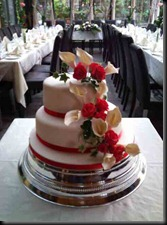 2-teir-lillies-and-roses-cake